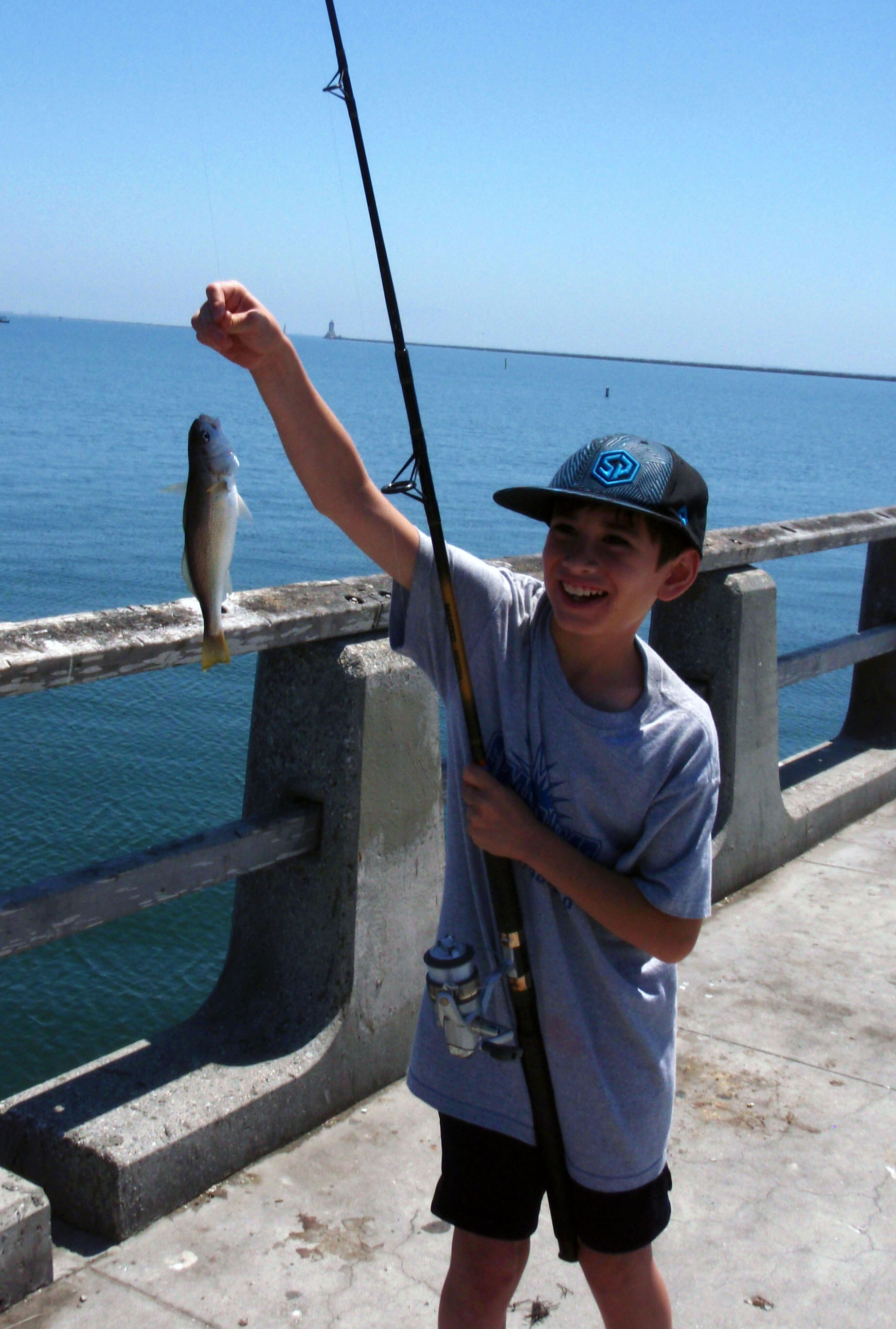 City of los angeles fishing program montrose settlements for Fishing in los angeles